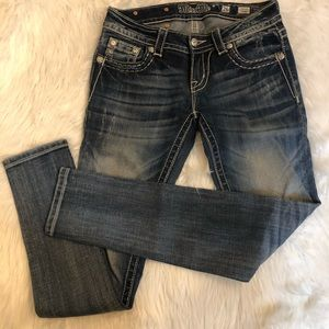 Miss Me jeans size 26 signature skinny blingy